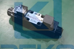 CML SOLENOID VALVE WH42-G02-D2-A240N